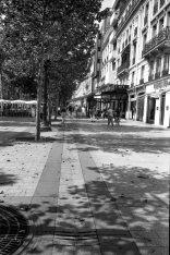 Les Champs-Élysées (juillet-août 2003)