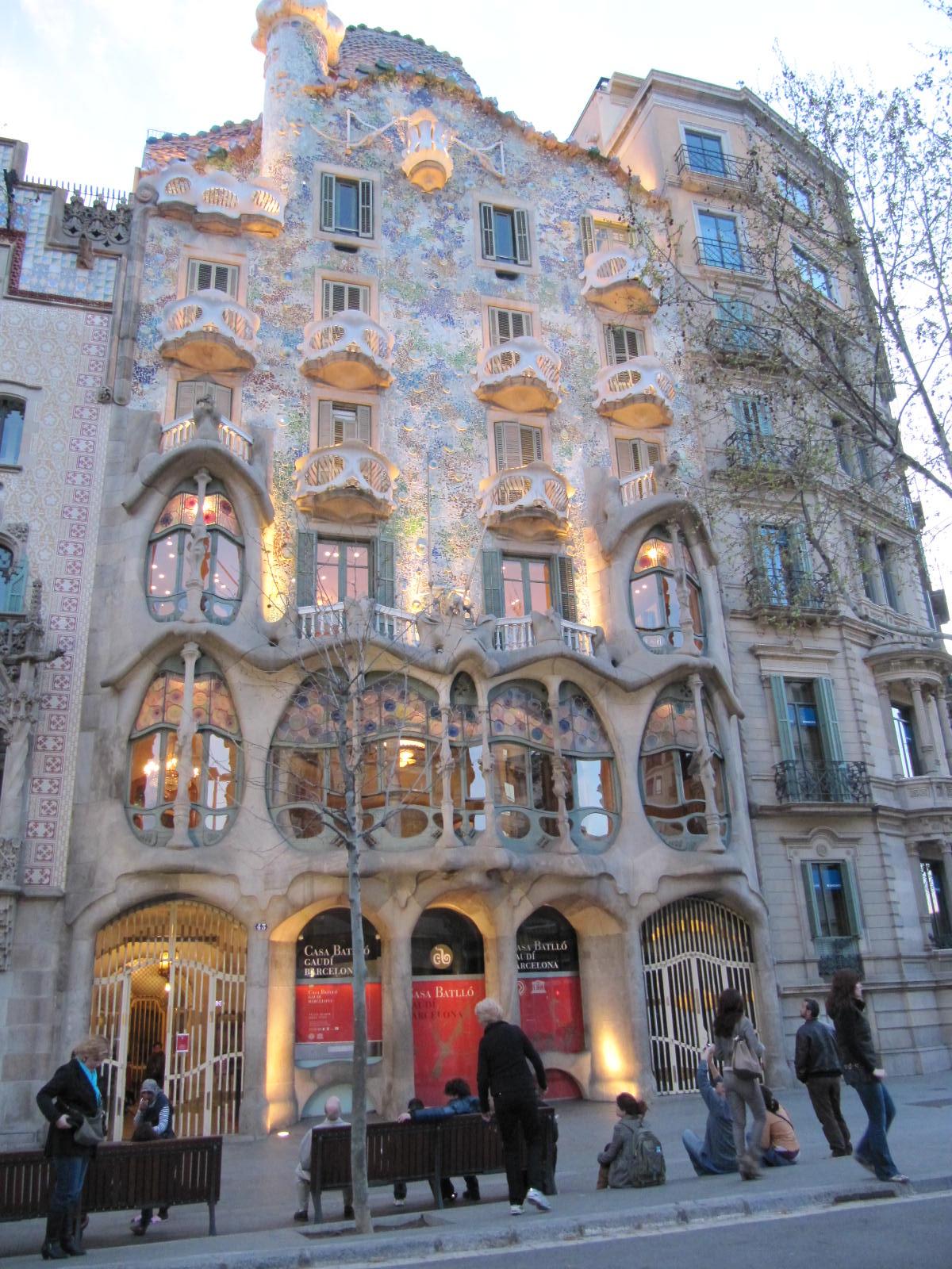 Barcelona  Casa Batll capodoper a lui Gaud