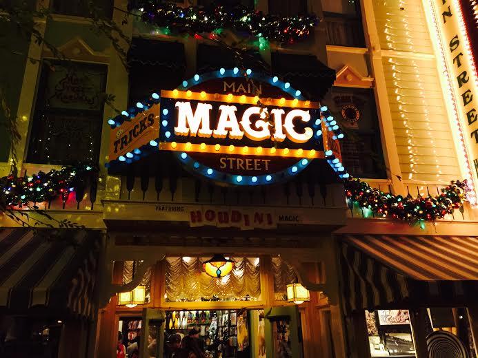 Disneyland Packages: Best Way To Book Your Disneyland