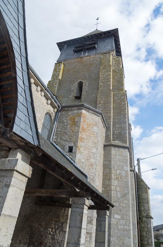 Eglise St pierre de Trainou