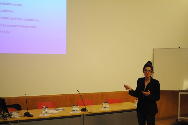 Virgínia giving her PhD lecture