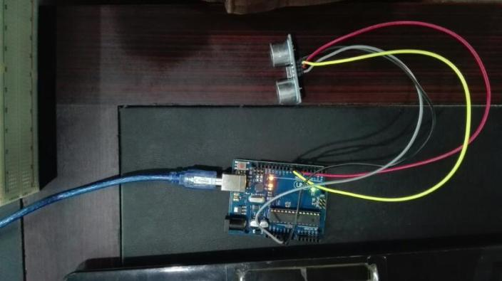 distance measurement using Arduino and Ultrasonic sensor