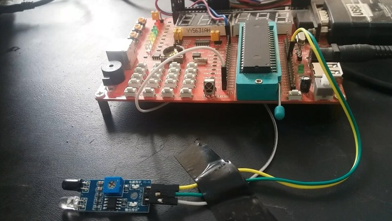 obstacle avoidance sensor module interfacing with pic microcontroller