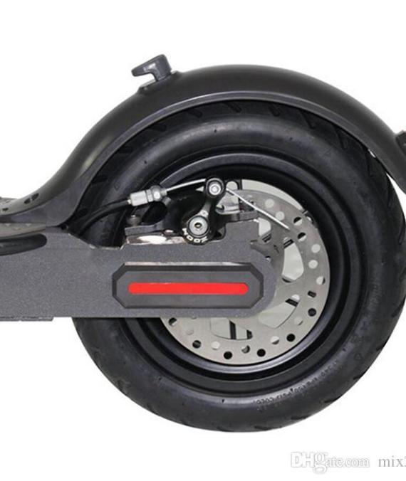 Manubrio rosso per bici e monopattini