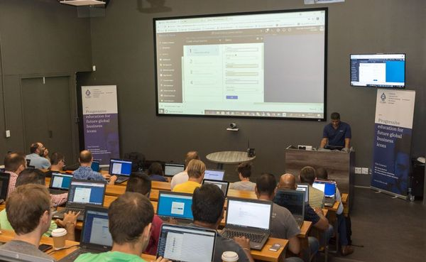Azure Meet Up : Learn how to Designing Modern Apps for Azure Datacenters in Africa