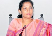 Telugu News newly appointed Karnataka congresswomen wing president pushpa banned lipstick for party workers.