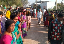 Telugu news Village War.. Stop the polling .. Removal Polling staff
