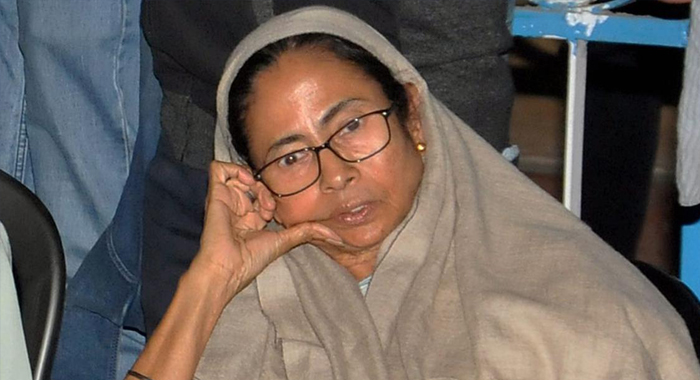 Telugu News Mamata Banerjee dharna LIVE: CBI to move SC today; WB CM to hold Cabinet meet at protest venue