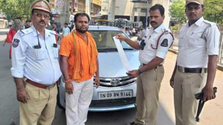 Car owner caught with 78 challans in Hyderabad, pays up Rs 96,830.