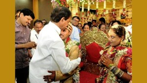 Telangana chief minister kcr attend the wedding ceremony pof his chef