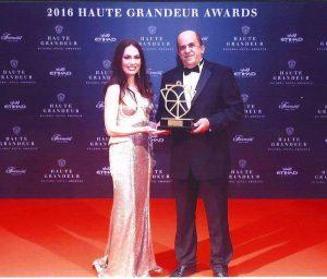 gm-ahmed-margoushy-receiving-the-award