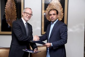 Peter Norman, senior vice president, acquisitions and development – Europe, Africa, and Middle East (EAME) and Southwest Asia for Hyatt and Ahmed Ali Riaz Malik, CEO of Bahria Town