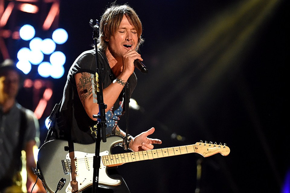 Keith Urban at the Hometown Rising concert in Louisville