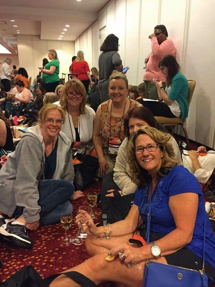 How to meet friends at a Book convention on your own