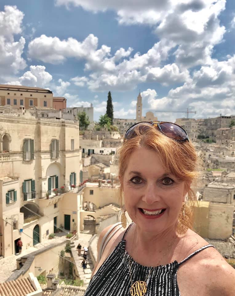Good Girlfriend Diane on a solo trip to Italy