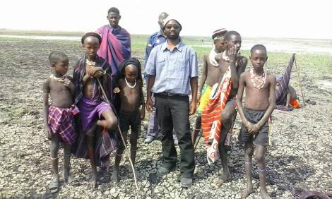 """Photo courtesy of elct-selvd.org, """"Sinema Leo means Movie….Outreach to Remote Areas and the Wataturu tribe"""""""