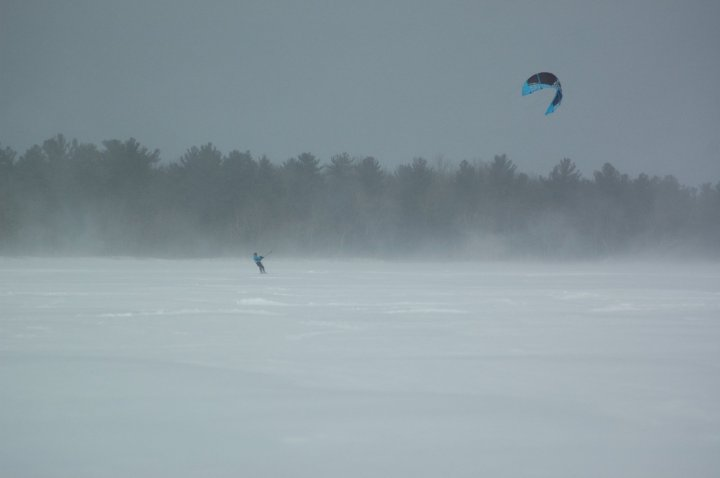 Snowkiting Little Black Lake