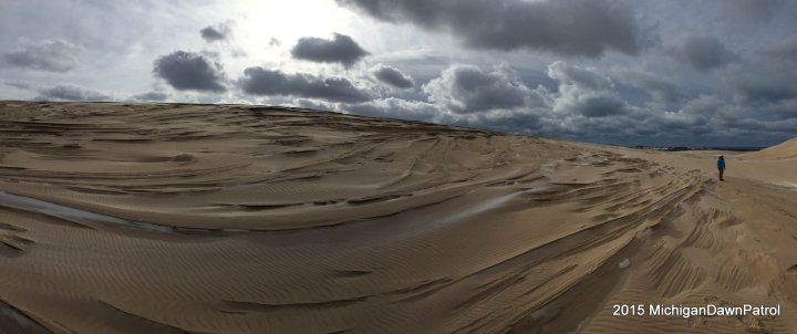 Sand formations on the dunes