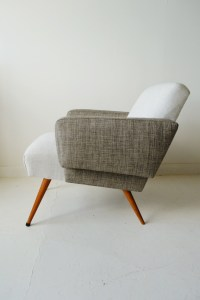 Mid-century chairs: Colour-blocking and piped seams ...