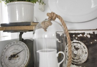 How to Shop Estate Auctions for Vintage
