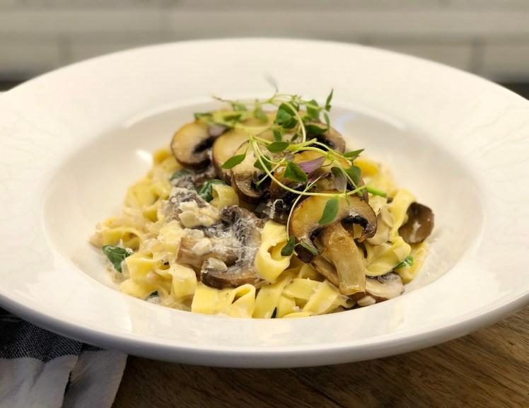 Pasta portabello recept skogschampinjon kastanjechampinjon tryffel spenat tryffelolja