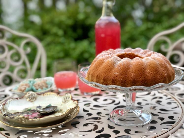 Recept rabarberkaka sockerkaka med rabarber