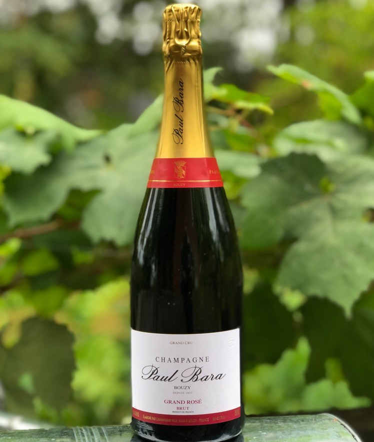 En flaska champagne Grand Rosé från Paul Bara i Bouzy