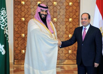 Egyptian President Abdel Fattah al-Sisi shakes hands with Saudi Crown Prince Mohammad Bin Salman at the Ittihadiya presidential palace in Cairo, Egypt, March 4, 2018 in this handout picture courtesy of the Egyptian Presidency. Picture taken March 4, 2018. The Egyptian Presidency/Handout via REUTERS