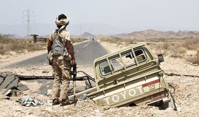 The statement added that the Yemeni forces arrested three members of the terrorist organization who surrendered themselves after Al-Bakhshi was killed. (AFP)