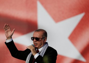 FILE PHOTO: Turkish President Tayyip Erdogan delivers a speech during a protest against the recent killings of Palestinian protesters on the Gaza-Israel border and the U.S. embassy move to Jerusalem, in Istanbul, Turkey May 18, 2018. REUTERS/Murad Sezer -/File Photo
