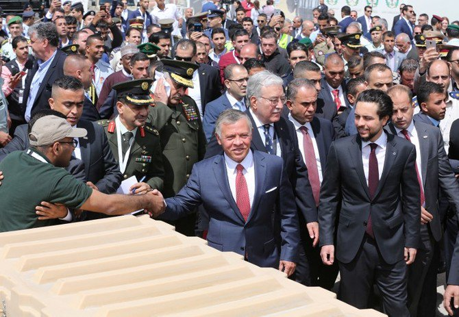 Jordanian King Abdullah II and Crown Prince Hussein bin Abdullah will attend the conference on supporting Jordan in Makkah on Sunday. (AFP)