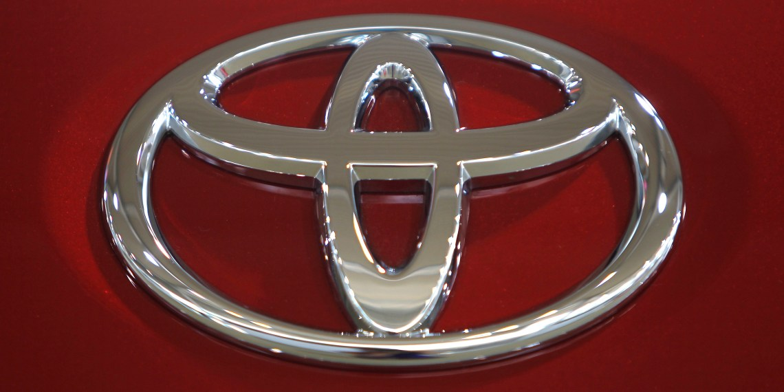 A Toyota Motor Corp logo is pictured in a showroom in Tokyo June 24, 2010. REUTERS/Yuriko Nakao