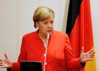 FILE PHOTO: German Chancellor Angela Merkel addresses a news conference at the presidential villa in Abuja, Nigeria, August 31, 2018. REUTERS/Afolabi Sotunde/File Photo