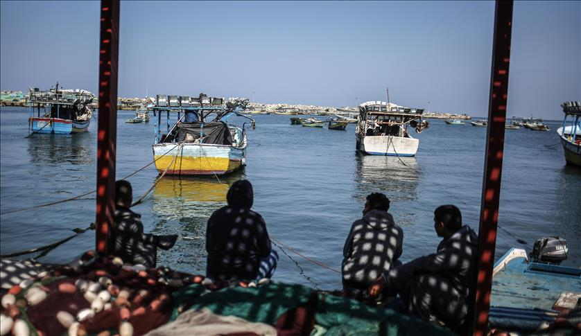 Gaza: Two fishermen were detained by Israeli navy