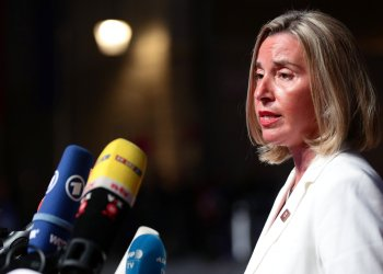 FILE PHOTO: European Union High Representative for Foreign Affairs and Security Policy Federica Mogherini talks to the media as she arrives for the informal meeting of European Union leaders ahead of the EU summit, in Salzburg, Austria, September 19, 2018. REUTERS/Lisi Niesner