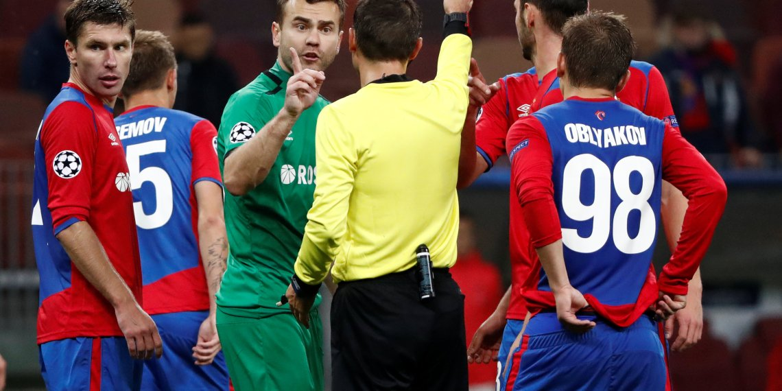 Soccer Football - Champions League - Group Stage - Group G - CSKA Moscow v Real Madrid - VEB Arena, Moscow, Russia - October 2, 2018  CSKA Moscow's Igor Akinfeev protests to referee Ovidiu Hategan after being shown a red card  REUTERS/Sergei Karpukhin