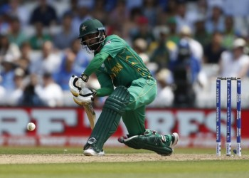 FILE PHOTO: Britain Cricket - Pakistan v India - 2017 ICC Champions Trophy Final - The Oval - June 18, 2017 Pakistan's Mohammad Hafeez in action Action Images via Reuters / Andrew Boyers Livepic