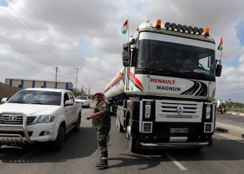 A fuel tanker bound for the Gaza power plant is seen in the central Gaza Strip October 9, 2018. REUTERS/Ibraheem Abu Mustafa