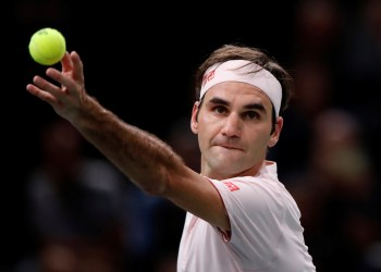 Tennis - ATP 1000 - Paris Masters - AccorHotels Arena, Paris, France - November 3, 2018 Switzerland's Roger Federer in action during his semi final match against Serbia's Novak Djokovic REUTERS/Gonzalo Fuentes
