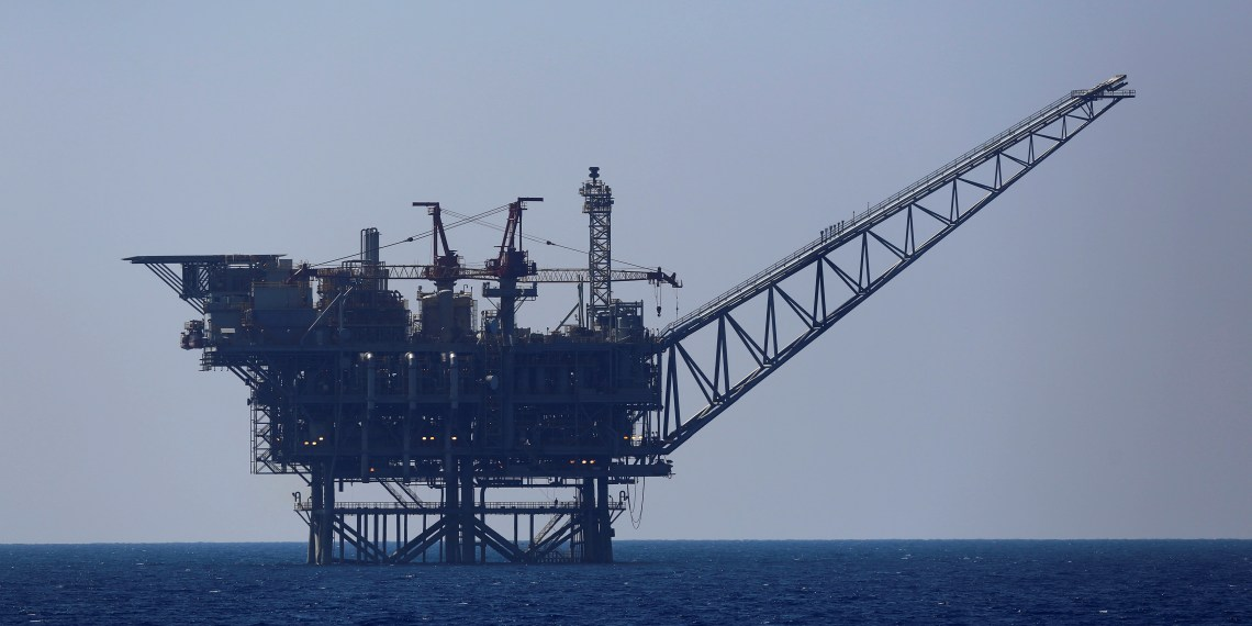 FILE PHOTO: An Israeli natural gas platform in the Mediterranean Sea, August 1, 2014. Amir Cohen//File Photo