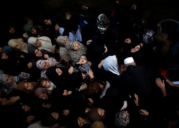 Mourners attend the funeral of Palestinian fisherman Mustafa Abu Odah, 30, who was killed near the maritime border with Egypt, in Al-Shati refugee camp in Gaza City November 8, 2018. REUTERS/Suhaib Salem