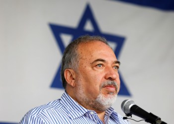 FILE PHOTO: Israeli Defense Minister Avigdor Lieberman visits Gaza's Kerem Shalom crossing, the strip's main commercial border terminal, July 22, 2018. REUTERS/Amir Cohen
