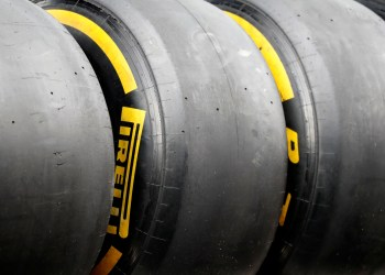 FILE PHOTO: F1 Formula One - Austrian Grand Prix - Red Bull Ring, Spielberg, Austria - June 29, 2018 General view of Pirelli tyres REUTERS/Leonhard Foeger/File Photo
