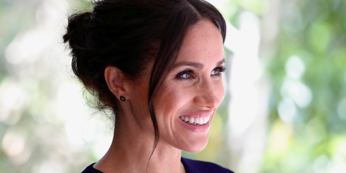 FILE PHOTO: Britain's Meghan, the Duchess of Sussex visits the National Kiwi Hatchery at Rainbow Springs, Rotorua, New Zealand October 31, 2018. REUTERS/Phil Noble/File Photo
