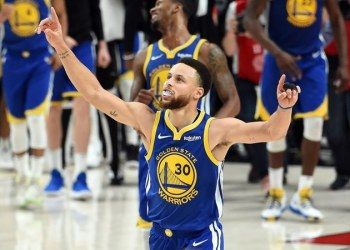 Stephen Curry celebrates after the Golden State Warriors defeated the Portland Trail Blazers of the NBA Western Conference Finals to advance to the 2019 NBA Finals. (Getty Images/AFP)