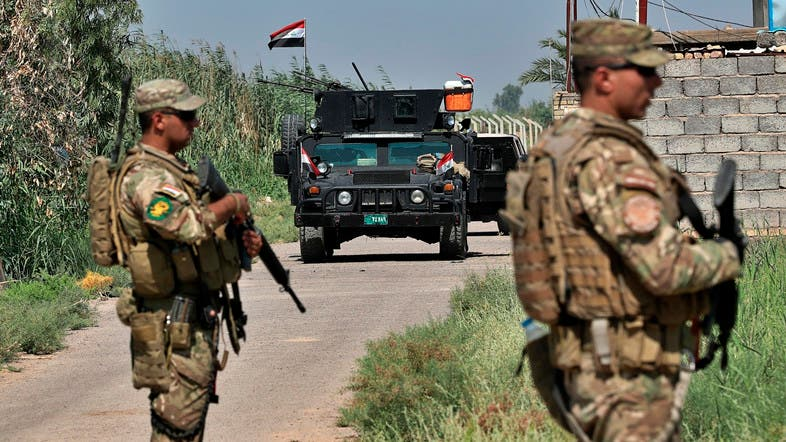 Iraqi security forces conduct a search operation north of Baghdad, Iraq. (File photo: AP)