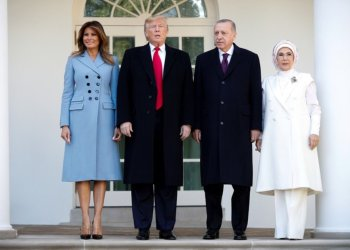 U.S. President Donald Trump and first lady Melania Trump stand with Turkey's Pressident Tayyip Erdogan and Emine Erdogan at the White House in Washington, U.S., November 13, 2019. REUTERS/Tom BrennerREUTERS
