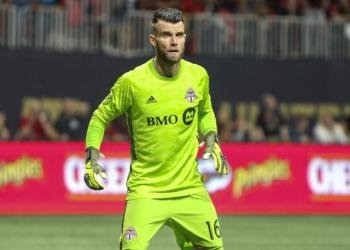 FILE PHOTO: Oct 30, 2019; Atlanta, GA, USA; Toronto FC goalkeeper Quentin Westberg (16) defends goal against Atlanta United in the second half at Mercedes-Benz Stadium. Mandatory Credit: Brett Davis-USA TODAY Sports/File Photo