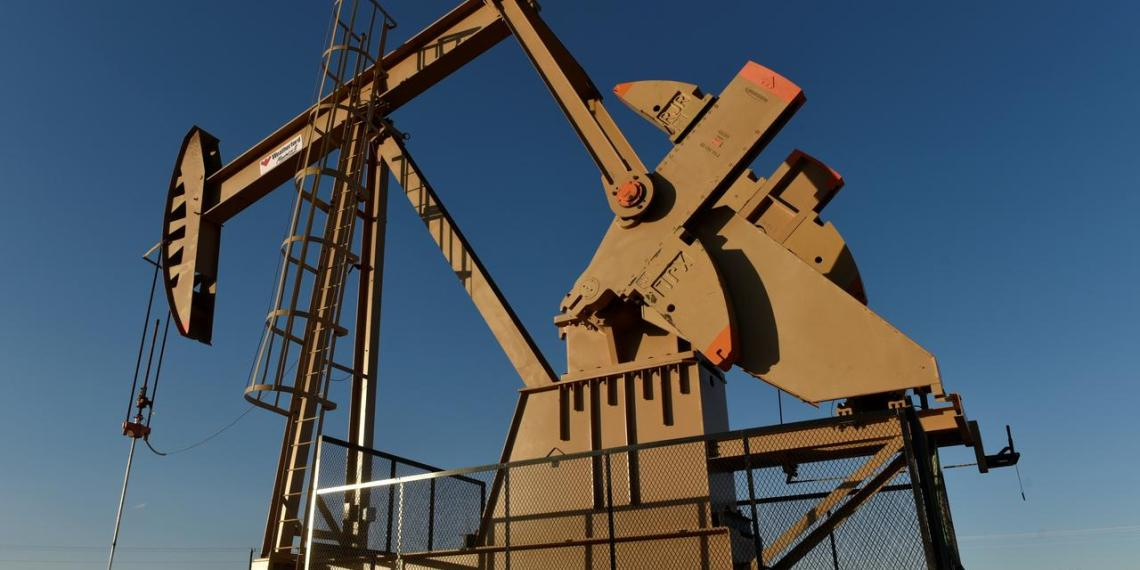 FILE PHOTO: A pump jack on a lease owned by Parsley Energy operates in the Permian Basin near Midland, Texas U.S. August 23, 2018. REUTERS/Nick Oxford