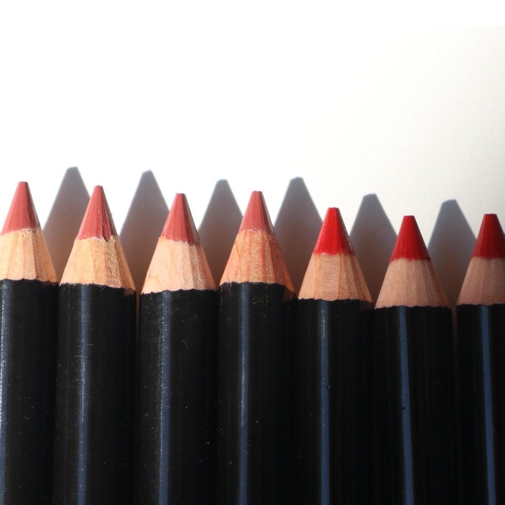 19/99 Beauty Precision Pencil